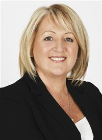 Profile image for Councillor Linda Leach